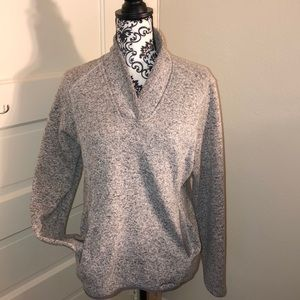 Eddie Bauer thermal top good condition